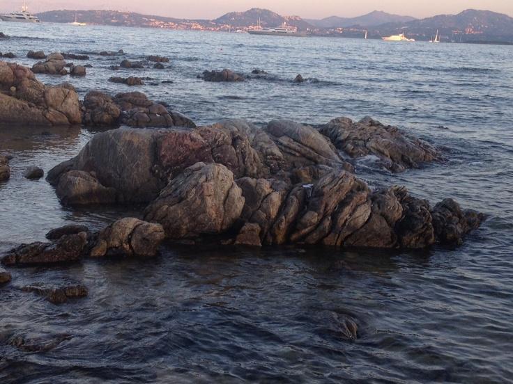 """""""Sto lat samotnosci..."""" Fotografia zostala zrobiona na Sardynii, w miejscowosci Costa Smeralda na plazy Razza di Junco.  Fot. Lidka Rodak"""