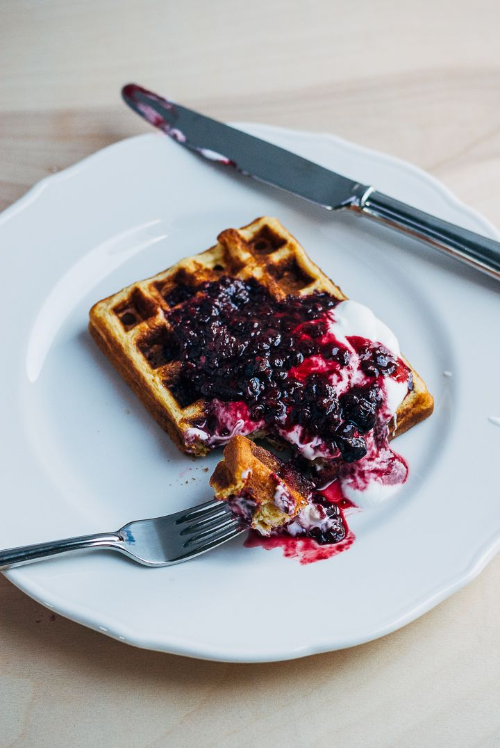 honey cornmeal waffles with blackberry syrup | brooklyn supper.