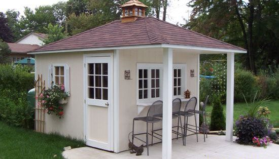 Wrong colours, but style I want for our pool shed.....kkm