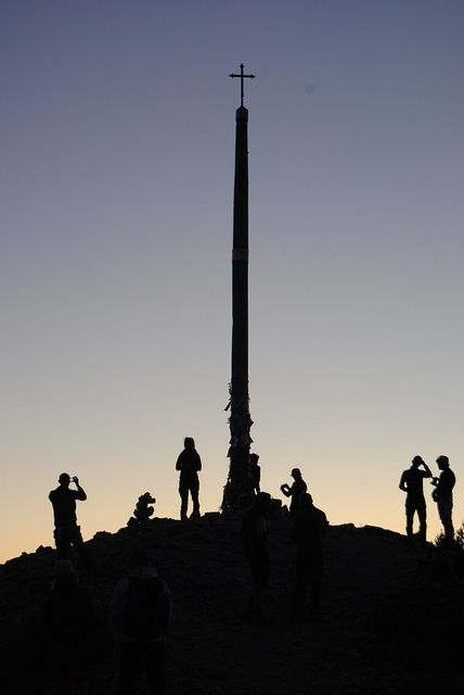la Cruz de Ferro, monte Irago (paso de la Maragatería al Bierzo).