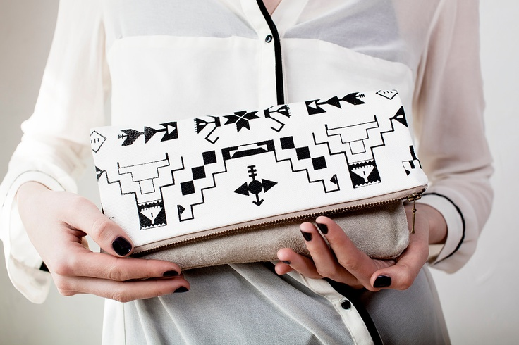 Navajo Pattern Printed Leather-Suede Pouch native aztec black
