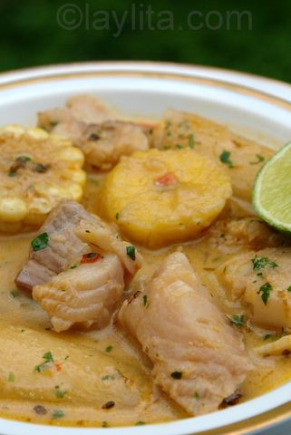 Biche or viche de pescado is a soup made with fish, plantains, corn and yuca in a peanut broth