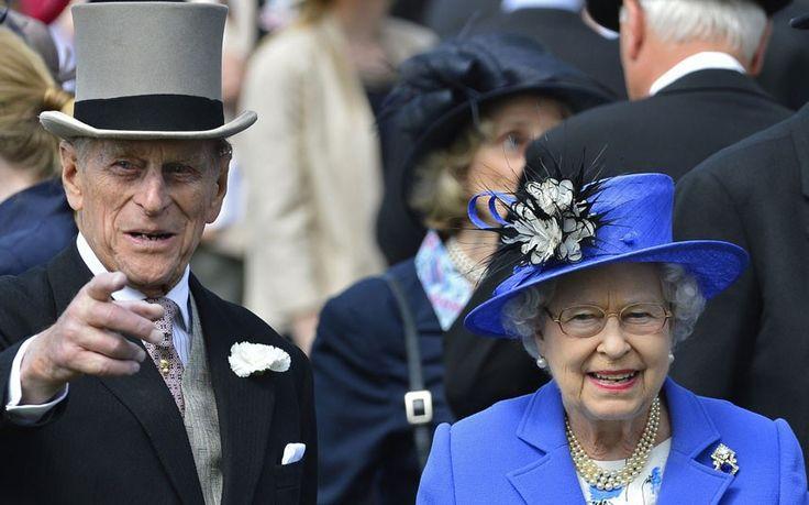 The Queen's Diamond Jubilee: Epsom - TelegraphDiamonds Jubilant, The Queens, Majesty Queens, Horses Diamonds, Hors Diamonds, Er Diamonds, Queens Elizabeth, Queens Diamonds, Diamonds Jubilee