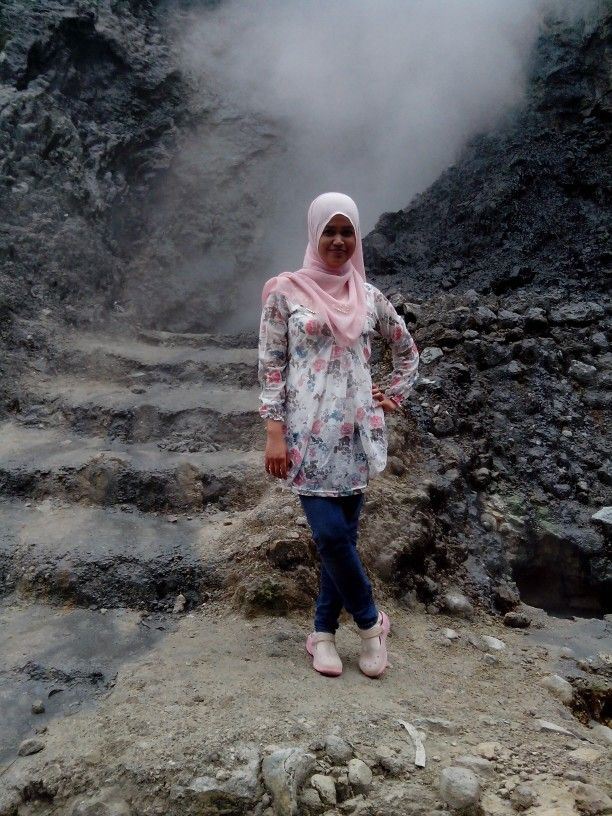 Pose in front of gedongsongo sulfur