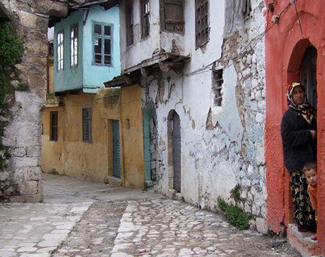 Old Antakya - 2013, hopefully. More Antakya at http://archersofokcular.com/the-mosaics-of-antakya/