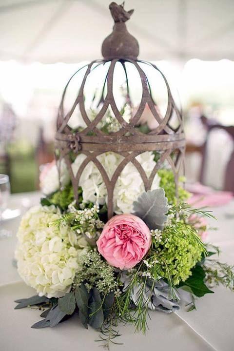 Birdcage flower centerpiece arrangement #gaiola