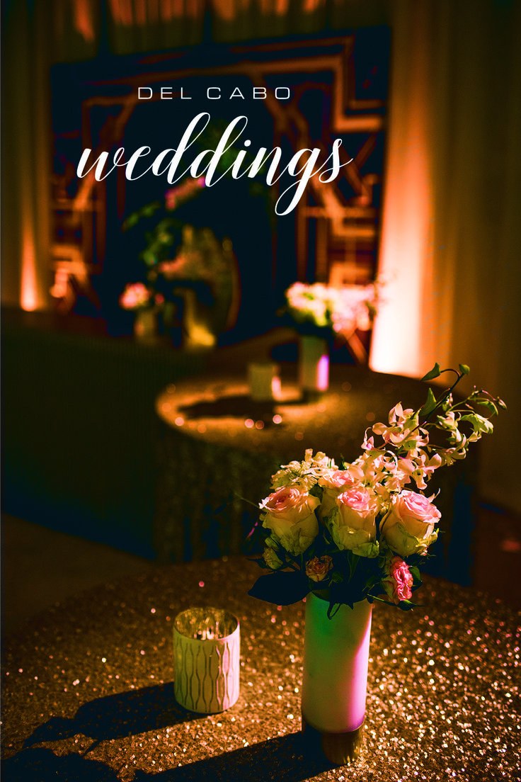 Wedding décor for your destination wedding in Los Cabos! You will love our metallic elegance theme!