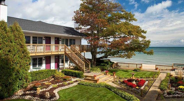 Romantic Getaway - Lakefront Couples Retreat | Huron House - Oscoda Michigan