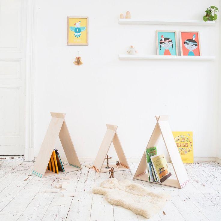 Bücherregal und Spielhaus TIPIKIDS