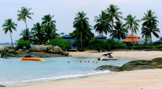 Akses Jalan Menuju Wisata Pantai Parai Tenggiri