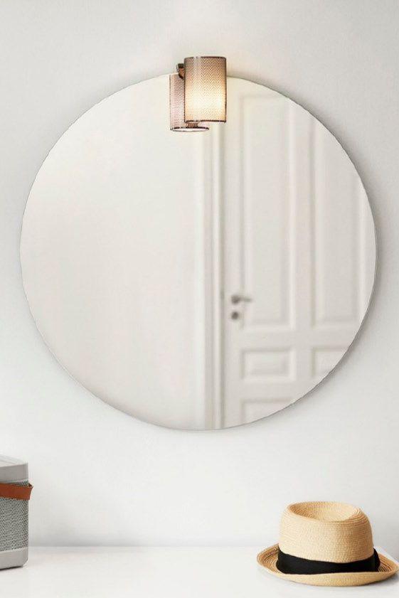 Top Giv det firkantede look baghjul med dette stilrene, runde spejl UM86