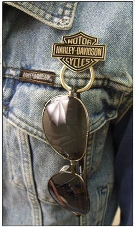 Sunglass Holder Pin - Gotta get me one of these!