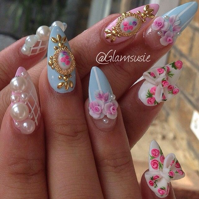 Nails By: Susie .. I really like that index design