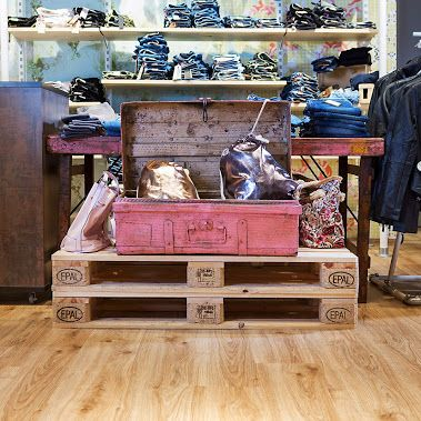 Na powierzchni 2455 m kw. domu mody Vockeroth w niemieckim mieście Schwalmstadt ułożona została ekologiczna podłoga PURLINE.