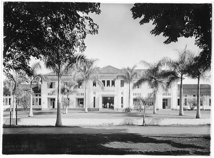 Gemeentelijk ziekenhuis Juliana te Bandung, Java, Indonesië (1919-1930)