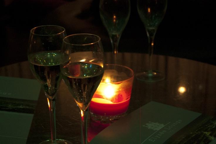 Restaurant - Bar - Club - Lounge … Elysée Lounge !