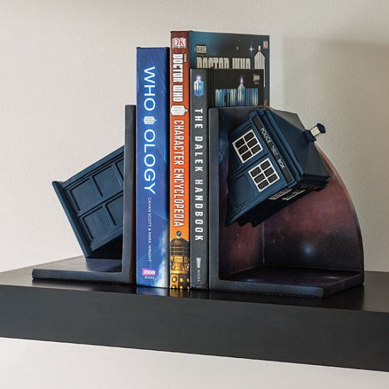 Doctor Who Bookends Adds The TARDIS To Your Bookshelf   Geek Decor