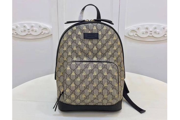 Gucci 427042 Embroidered Bees GG Supreme Backpack