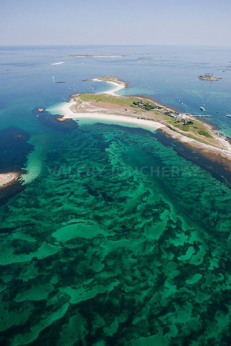 Iles de Glenan. St-Nicolas, vu aérienne prise sous un autre angle. | Finistère | Bretagne | #myfinistere