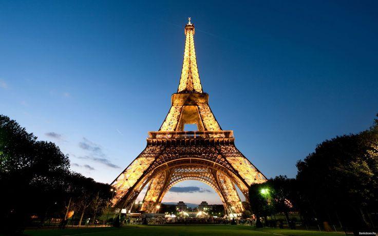 Eiffel-tower-full-of-lights-Symbol-of-Paris_5120x3200.jpg (5120×3200)