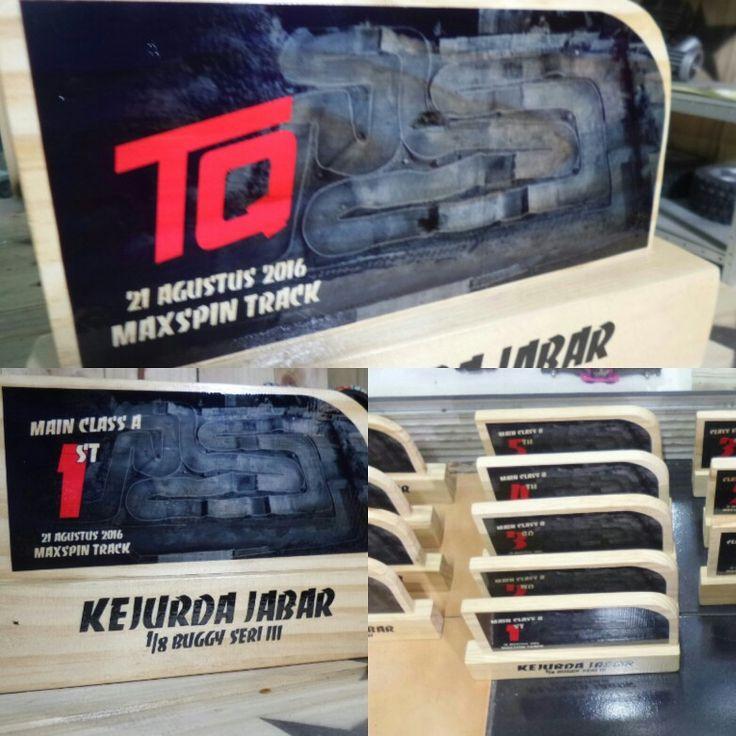 #wood #trophy #custom #design  KEJURDA RC BUGGY 1:8