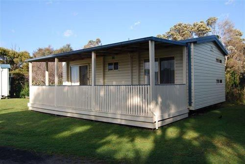 Port Welshpool - Wilsons Prom & surrounds | Prom Country | Accommodation | Yanakie | Sandy Point | Inverloch