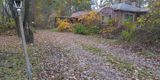 Approximately 25 Home sites in Wixom with Walled Lake schools. 12,500 Sq. ft per lot. Two houses and 3 car block garage on property. Buyers agent to verify all information regarding property with city of Wixom. Land Contract Available.