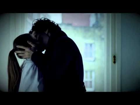 Sherlock and Molly Kiss! 32 seconds long but still long enough to need new underwear! ;)