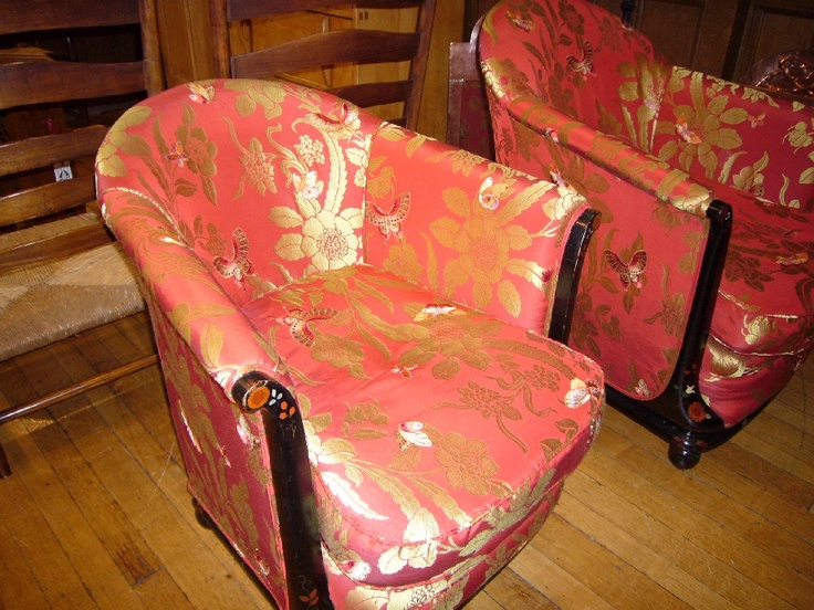 His and hers chairs
