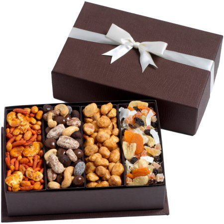 Best 25+ Nut gift baskets ideas on Pinterest | Gift basket ...