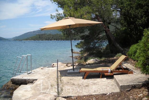 Private bathing area - Eigene Badestelle