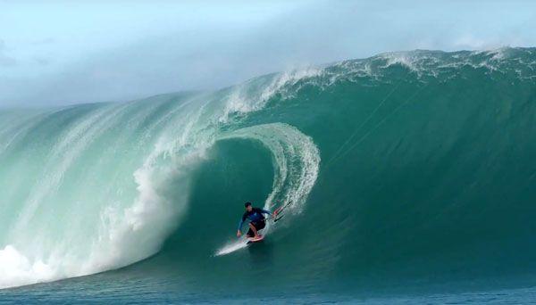 Keahi De Aboitiz at Teahupoo | Kiteboarding Video | inMotion Kitesurfing