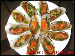 VietFun Recipes: Chem Chép Nướng Bơ Dầu Hào / Grilled Mussels with butter and oyster sauce.
