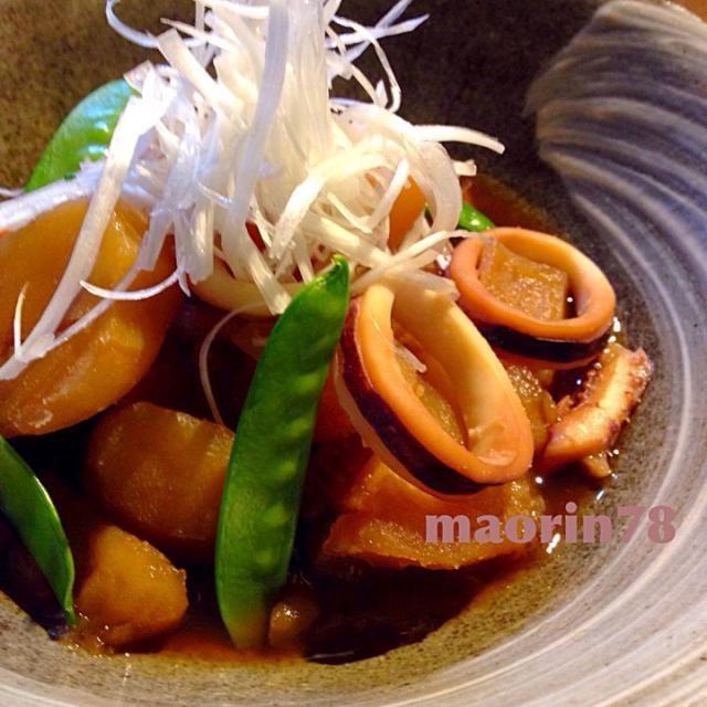 ジャガイモを甘〜く煮物にしました(^-^) 煮物が恋しい季節ですね〜❤️ - 146件のもぐもぐ - イカとジャガイモの煮物☆ by Manami Fugikawa