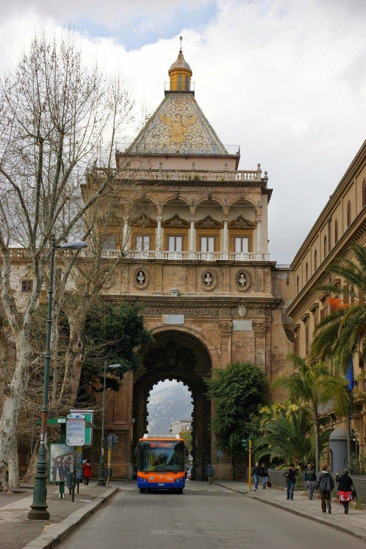Porta Nuova, Palermo Sicily #tpalermo #sicily #sicilia