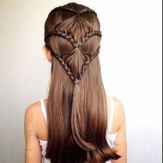 lace fan braid. Kinda cool!