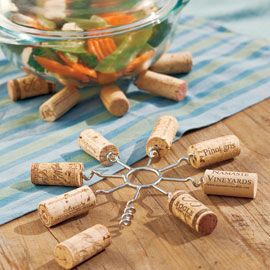 Wine Cork Trivet!  I could make about 75 of these tonight, if I had the metal parts . . .