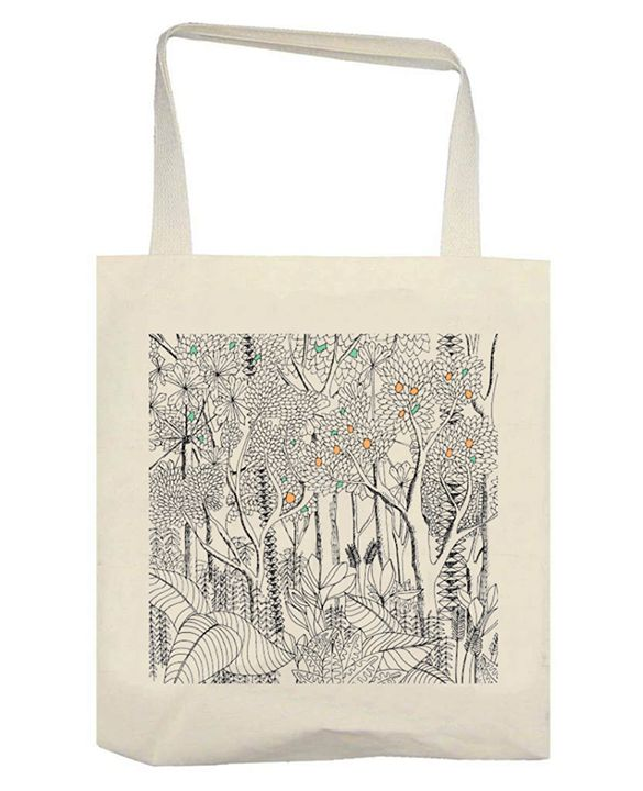 Tote bag dessin jungle version petite touche de couleur  #ToteBag #Jungle #rotring #drawing