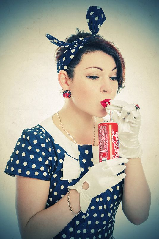 Pin-up girl with Coca Cola #pinup #sexy #earrings #gloves ...