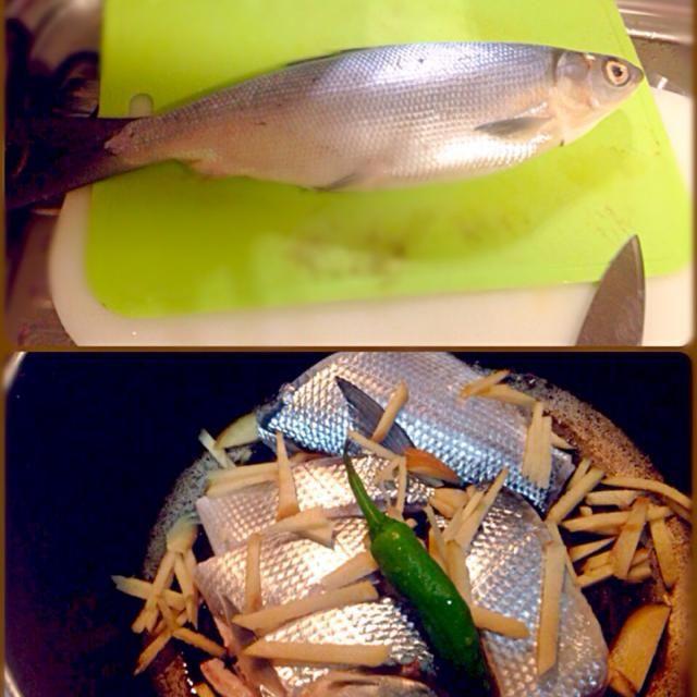 フィリピンのナショナル フィッシュのバゴス(ミルクフィッシュ:鱸の仲間)を酸味の効かせて煮込むフィリピン料理作成中 今夜の夕食かな? - 49件のもぐもぐ - PAKSIW NA BANGUS by マニラ男