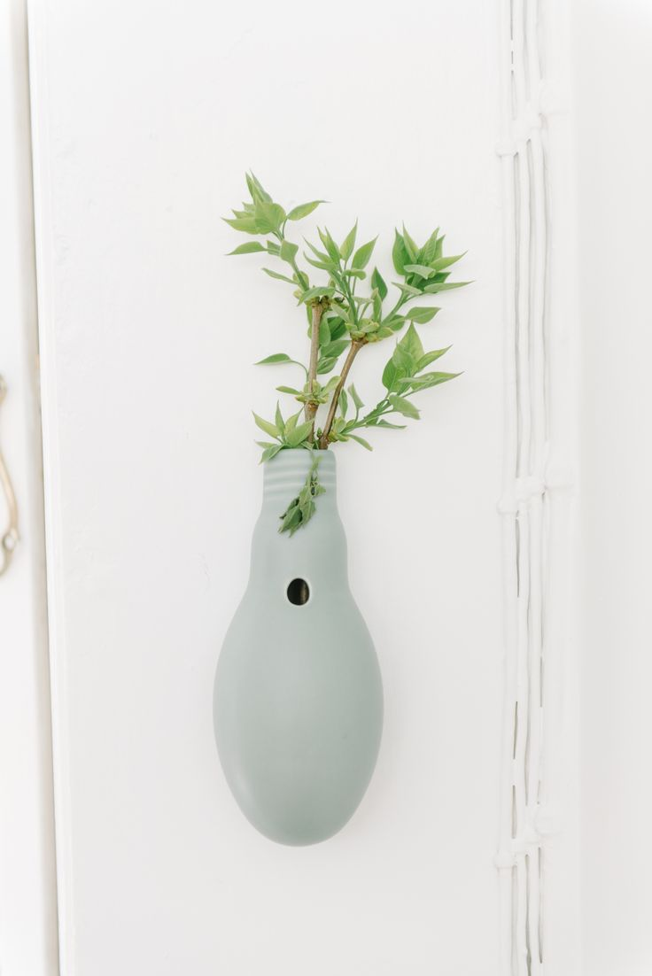MENT 'Gnist' hanging vase  photo by Svanberg Grath Photography www.svanberggrath.dk
