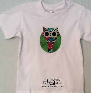 Applique Owl on a T- Shirt. I love this green winged owl that I put on a t shirt to make a very unique gift.