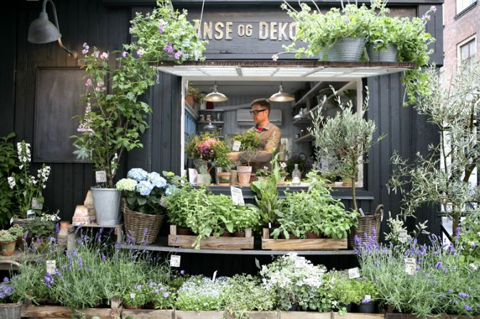 This flower shop has us dreaming of a trip to Copenhagen.