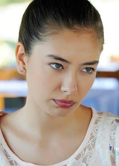 "Neslihan Atagül - ""Fatih Harbiye"" TV Series 2013/2014. #Earings"