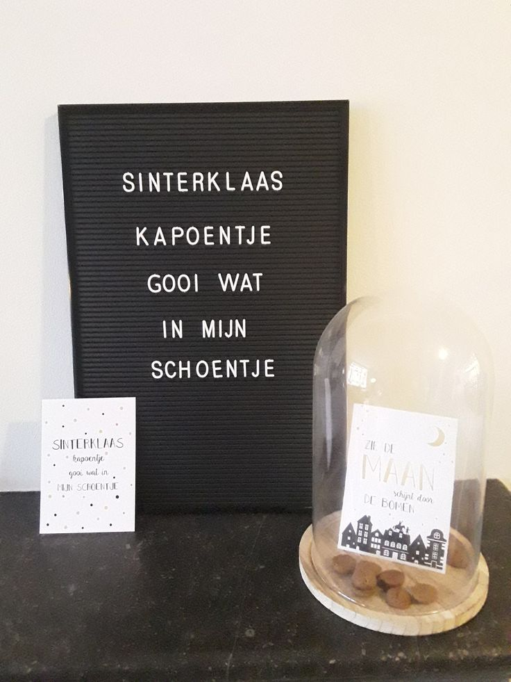 #Sinterklaasdecoratie #letterbord #glazenstolp #zwartwit