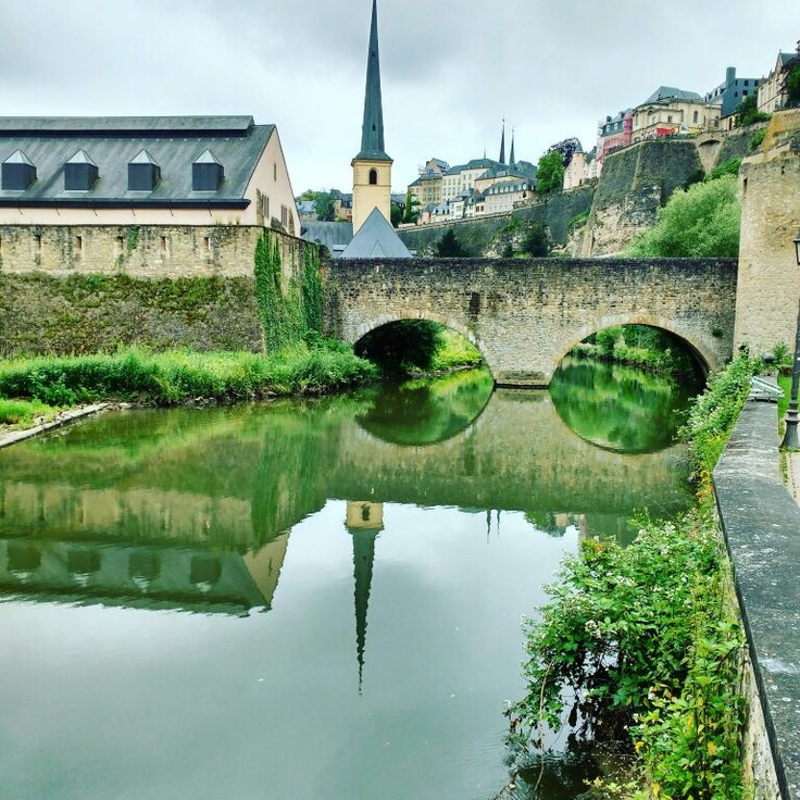 Luxemburgo em duplicado #luxemburg #flytap