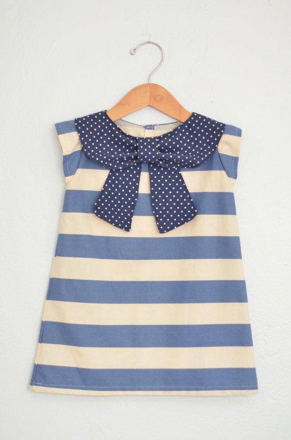 hermosa blusa, camiseta para niña.....el diseño a rayas y el cuello de moño la hace ver retro y perfecta para un día de campo por su estilo veraniego....recuerda los clásicos nunca pasan de moda.