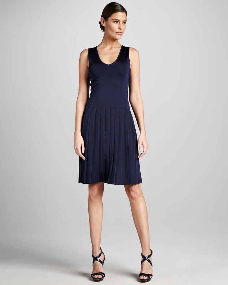 http://ncrni.com/ralph-lauren-black-label-sleeveless-droppedwaist-dress-p-764.html