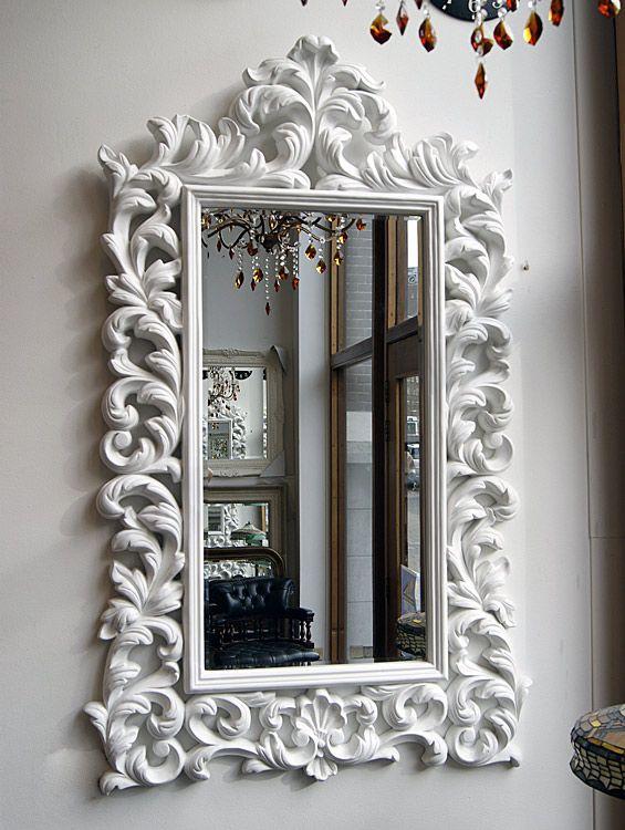 Witte barok spiegel Portofino bij Typical English Decorations