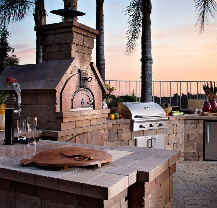 If you are thinking about a new home in Auburn, AL, go to HomesteadAuburn.com and look at these outdoor kitchen ideas